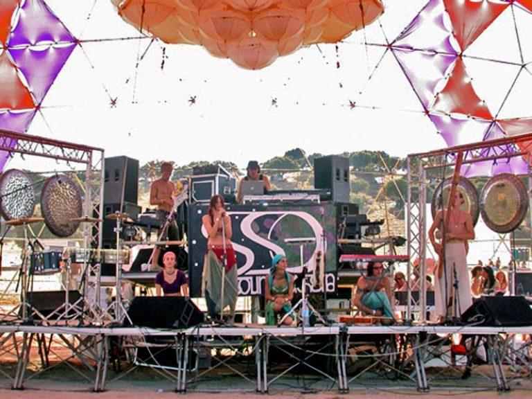 Max Brumberg und Starsoundsorchestra Boom Festival 2004